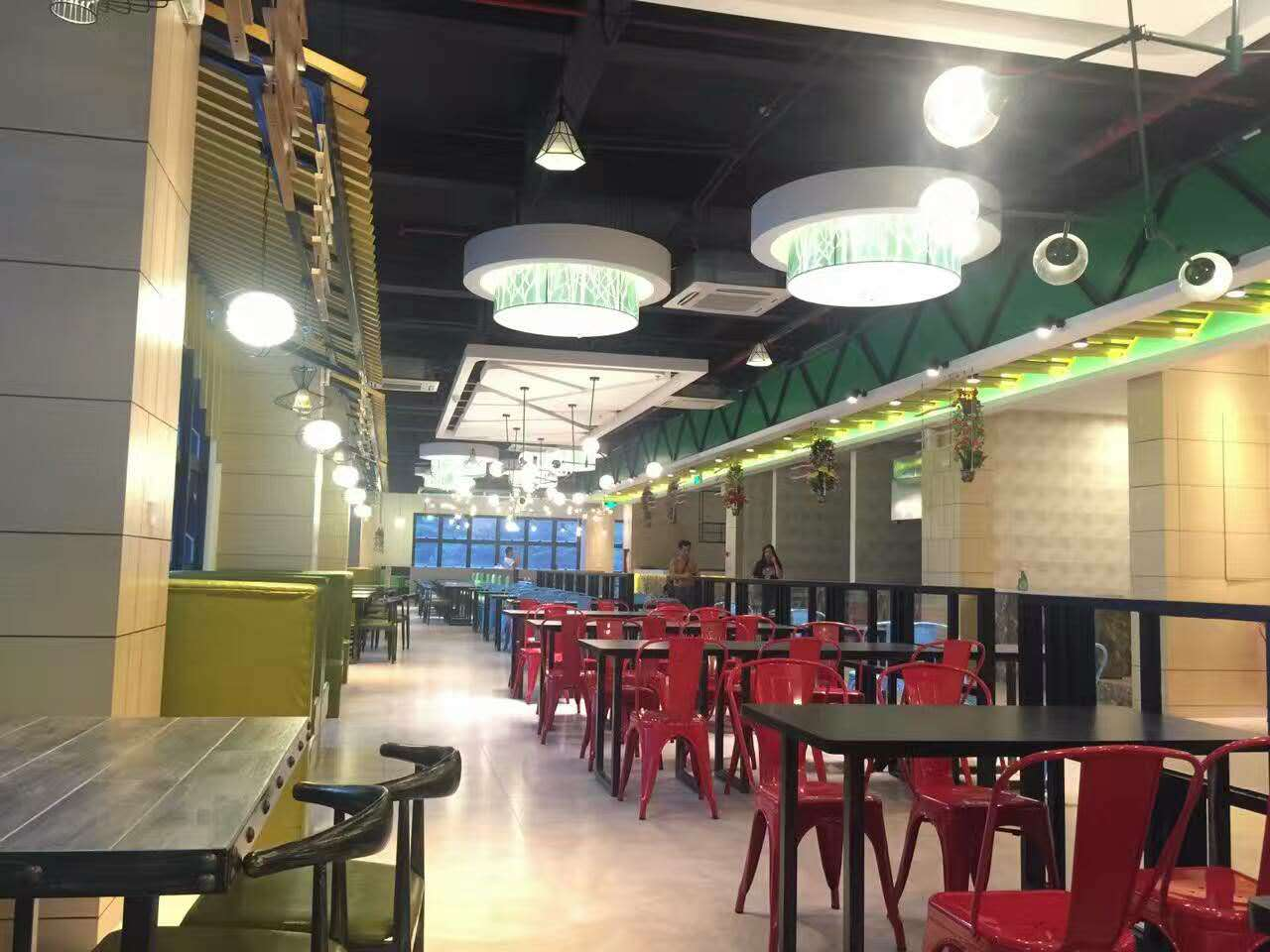 政府产业园员工餐厅桌椅