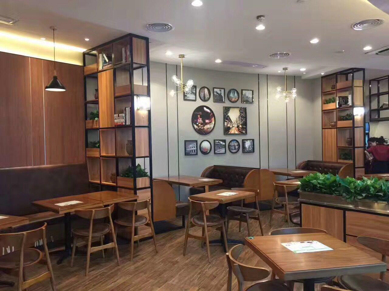 港翠港式茶餐厅.开业啦!