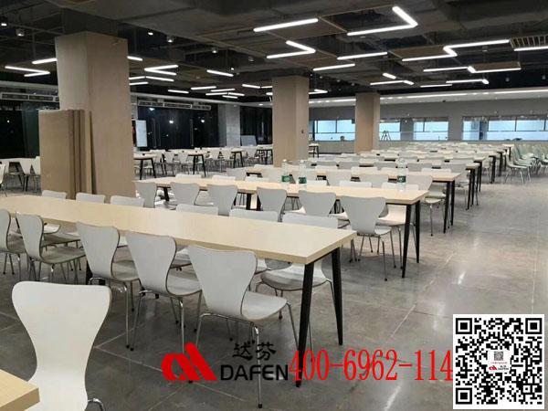 华南理工大学D5餐厅桌椅展示