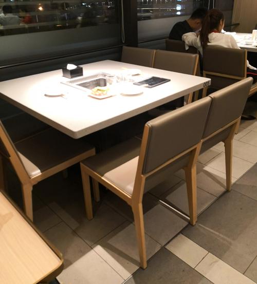 海底捞火锅桌椅